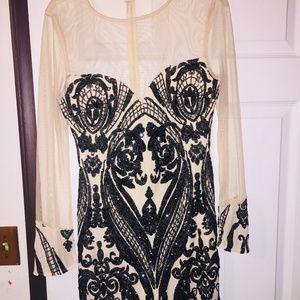 Black/Beish Short Dress